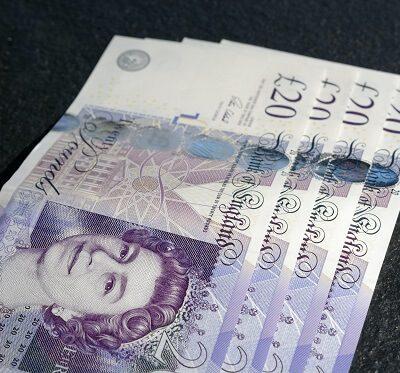 eighty-pounds-in-twenty-pound-notes